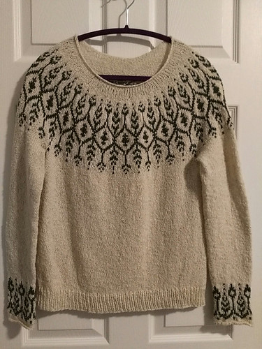 Jocelyne (jocblais) finished her Newleaf by Jennifer Steingass knit using Berroco Remix Light. Love it!