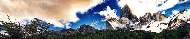 Al pie de la montaña