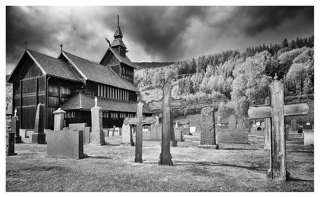 Uvdal churchyard