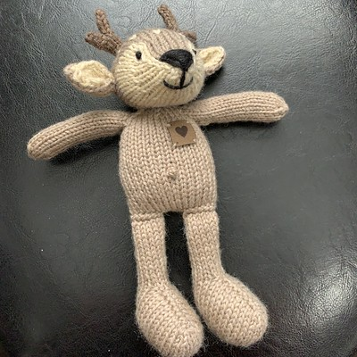 My adorable Boy Deer is off my needles! Check out the bellybutton and 'heart' I added