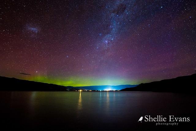 Aurora Australis- Lake Dunstan, Cromwell, Central Otago, New Zealand