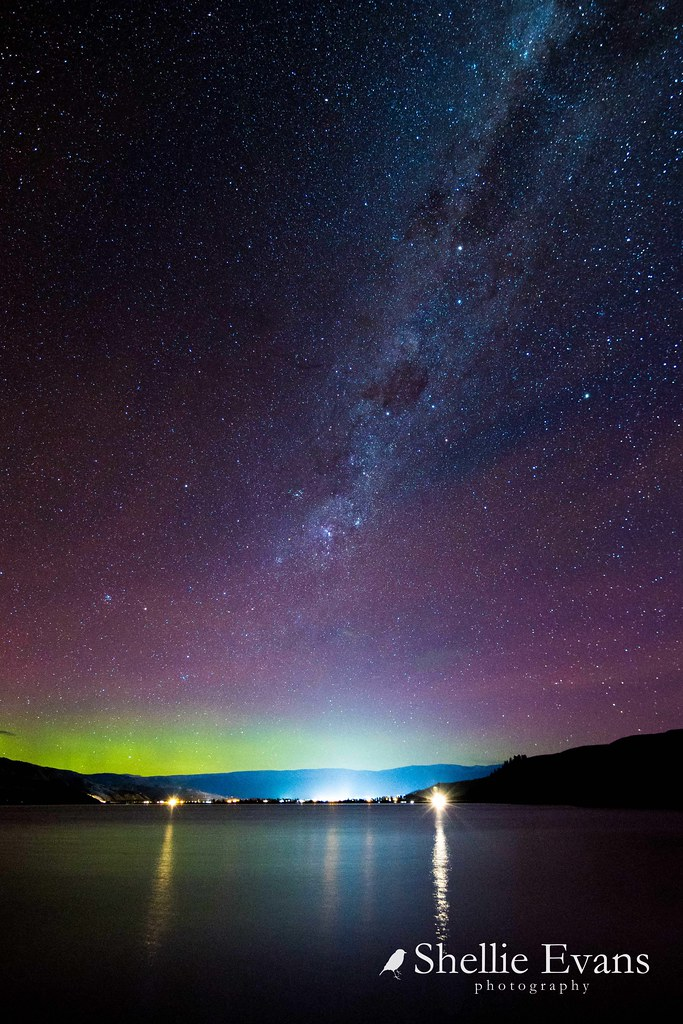 Aurora Australis- Lake Dunstan, Cromwell, Central Otago