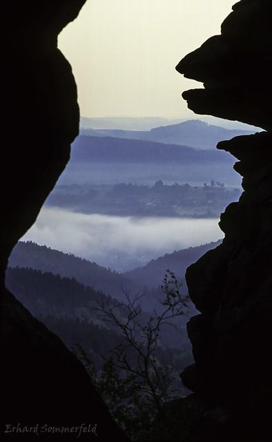 Nebelbänke im Tal