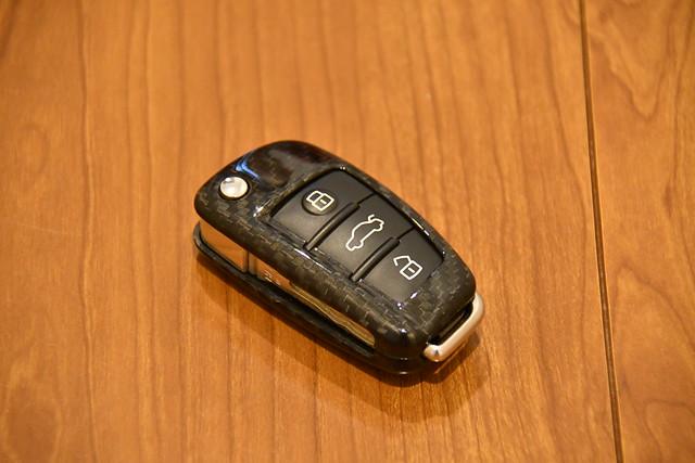 T-carbon Audi 用キーケース