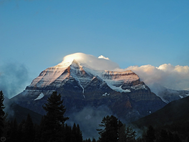 Mount Robson clouds 2017