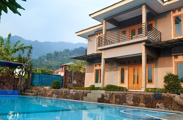 Sewa Villa Murah di Balik Bukit, Lampung Barat