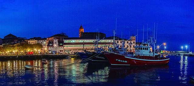 Hora Azul en el Puerto de Bermeo