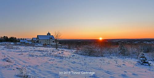 sunrise snow magnetichill magnetichillwinery moncton newbrunswick nouveaubrunswick canada morning nikon sigma sigmaart sigmaart14mm nikond7500 cold november 2019