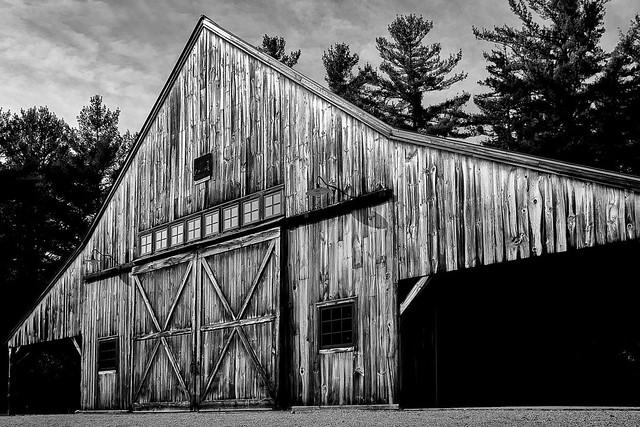 Russell-Colbath barn
