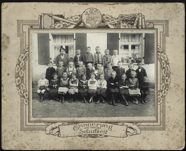 Archiv U373 Erinnerung an die Schulzeit, 1920er