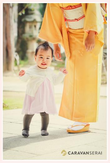 那古野(なごや)神社 10か月で歩き出した現在11か月の女の子