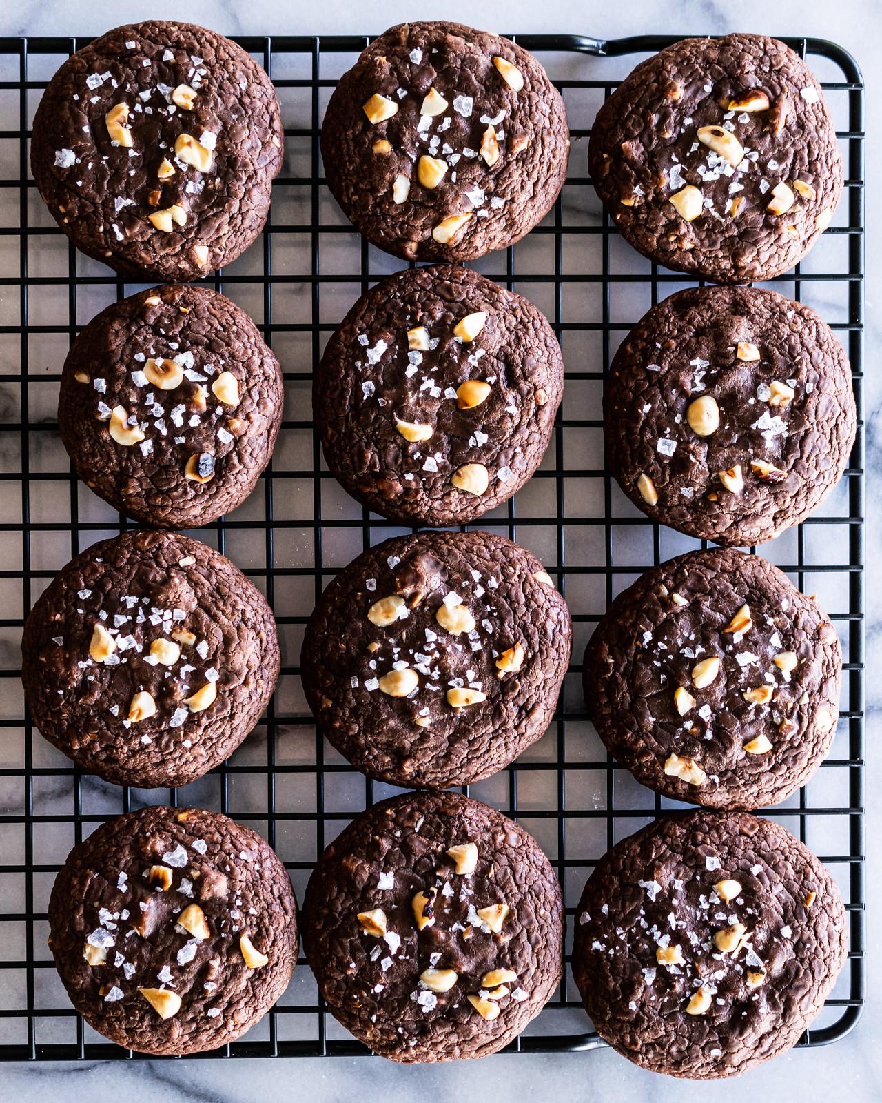 4-ingredient nutella cookies