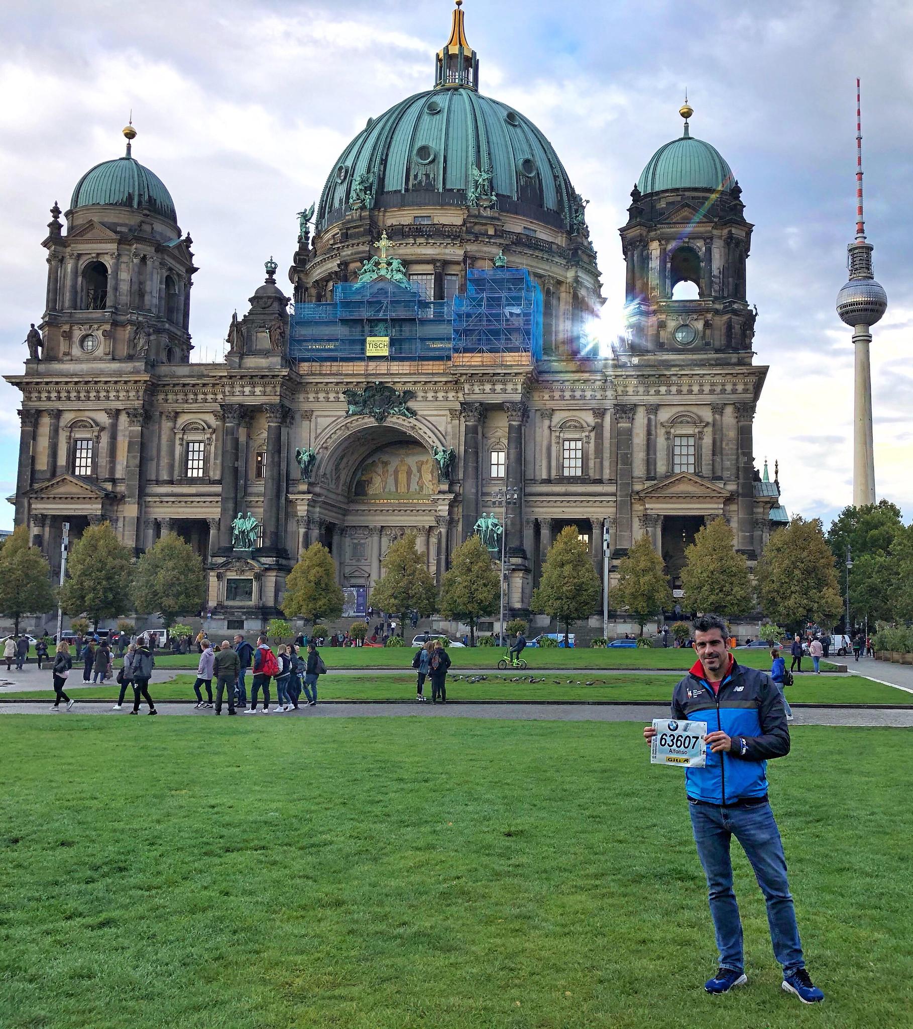 Correr el Maratón de Berlín - Berlin Marathon fotos photos - thewotme maratón de berlín - 49038571753 bddc52264a k - Correr el Maratón de Berlín: Análisis, recorrido, entrenamiento e inscripciones