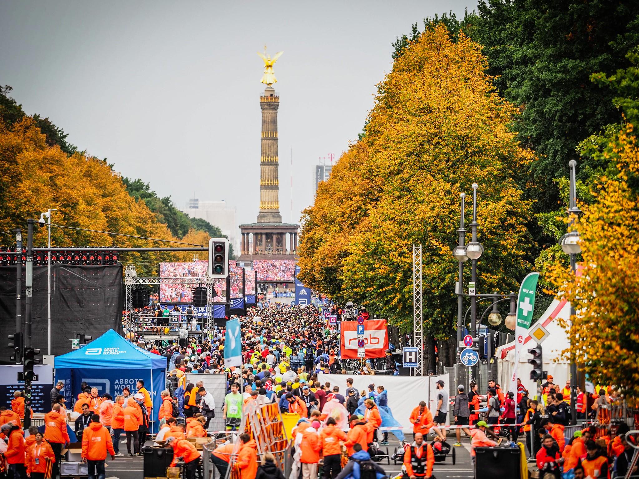 Correr el Maratón de Berlín - Berlin Marathon fotos photos - thewotme maratón de berlín - 49039069216 a79d538ff8 k - Correr el Maratón de Berlín: Análisis, recorrido, entrenamiento e inscripciones