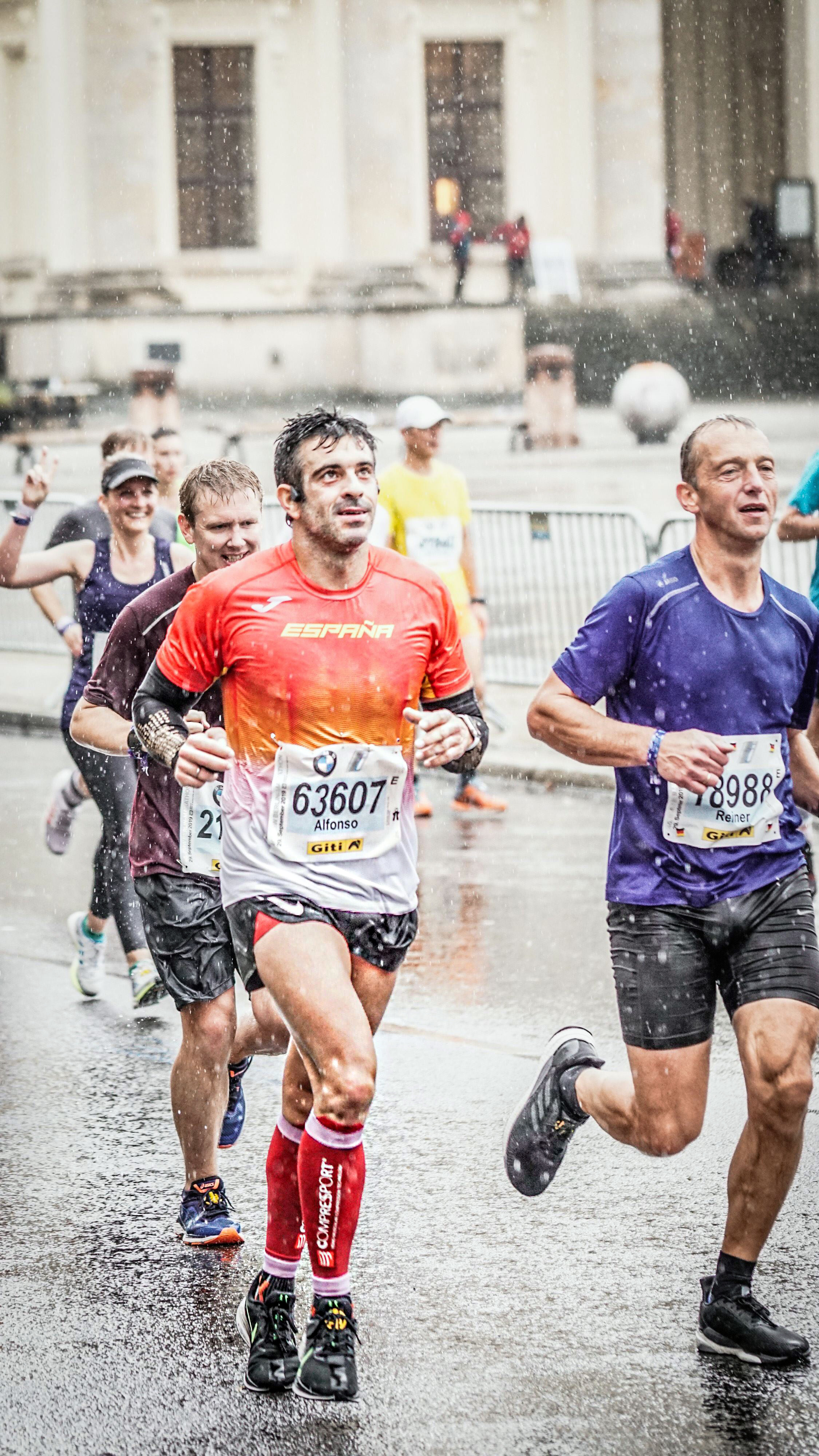 Correr el Maratón de Berlín - Berlin Marathon fotos photos - thewotme maratón de berlín - 49039072446 968cc82d61 4k - Correr el Maratón de Berlín: Análisis, recorrido, entrenamiento e inscripciones