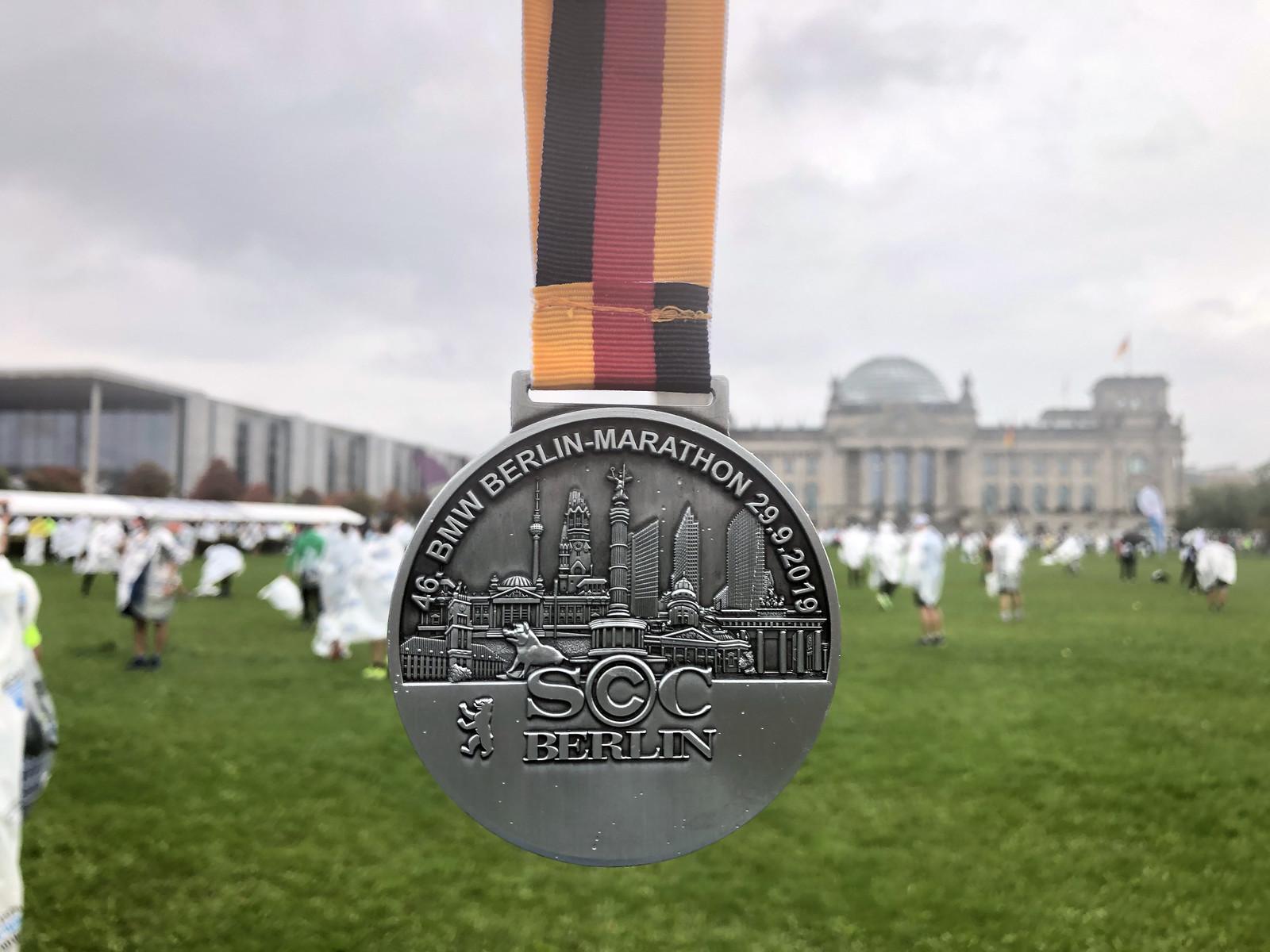 Correr el Maratón de Berlín - Berlin Marathon fotos photos - thewotme maratón de berlín - 49039283177 6ceca1896f h - Correr el Maratón de Berlín: Análisis, recorrido, entrenamiento e inscripciones