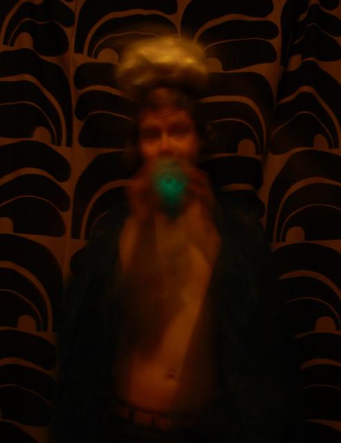 Perunajumaluuden turkoosi soitto mullille talveen laskeutuville II - Turquoise Song of Potato Deity for the Soil Falling to the Winter II