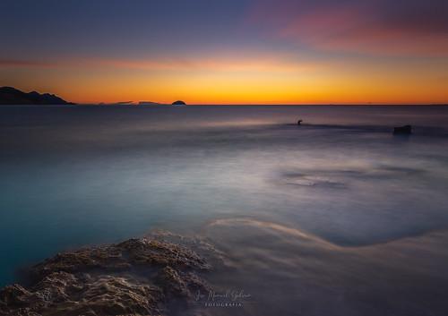 dawn sunrise amanecer leverdusoleil playa plage beah rocks roca rochers ocean pauselongue longexposure haida november fall