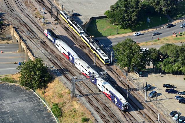 Trinity Rail Express #1007