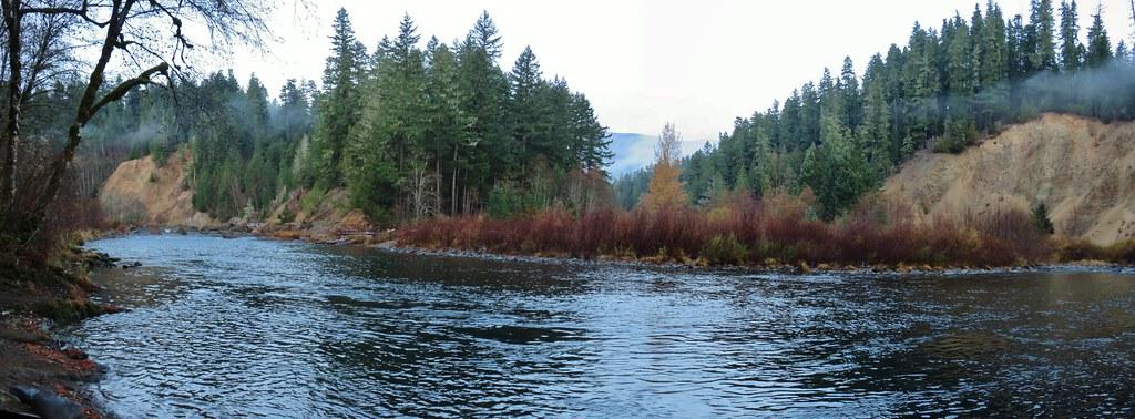 Clackamas River at Alder Flat