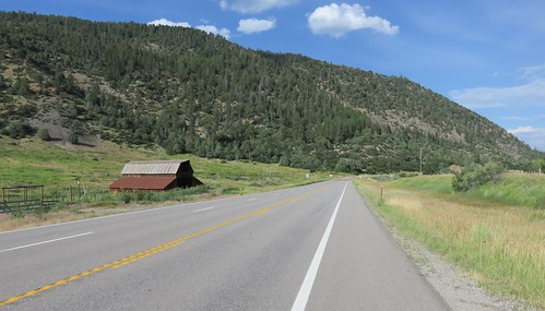 colorado co landscapes archuletacounty sanjuannationalforest nationalforests unitedstatesforestservice northamerica unitedstates us rockymountains barns
