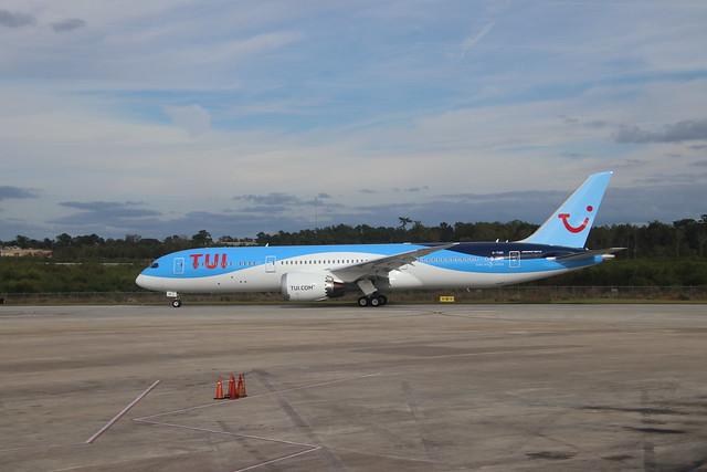 TUI Airlines 787-9 (Tail G-TUIO) - Scenes from Charleston International Airport (Charleston, S.C.) - Friday November 8, 2019