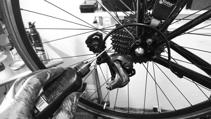 Tri-Flow for Derailleur Pivots