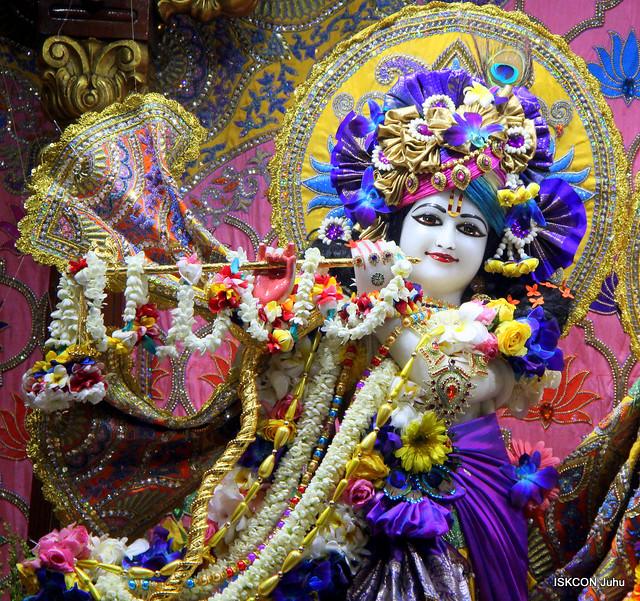 ISKCON Juhu Sringar Deity Darshan on 10th Nov 2019