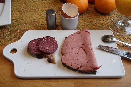 Rindersalami und Fleischkäse auf Majanne-Brot