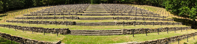 Breitenbach-sur-Munster : Cimetière allemand 1914/1918  -  1939/1945