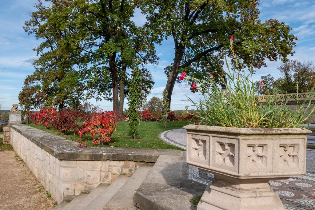 Potsdam, Park Babelsberg: Porzellanterrasse am Schloss Babelsberg - Porcelain Terrace of Babelsberg Castle