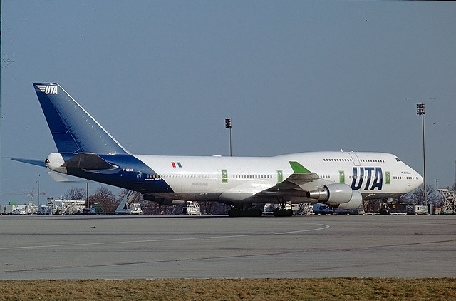 F-GEXB Boeing 747-400 UTA