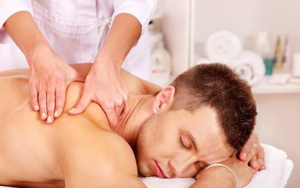 Terapis Pijat Panggilan di <span></noscript><img class=