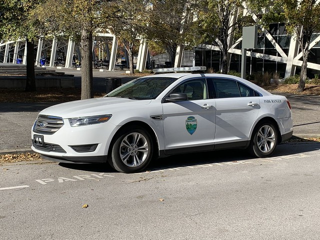 Tennessee State Park Ranger Ford Taurus