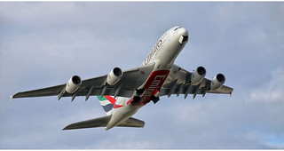Emirates  Airlines A6-EDG