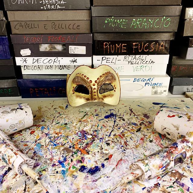 Italy 2019, Venice, Tragicomica K's mask drying paint
