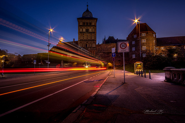 Burgtor at blue hour