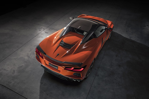 2020 Chevrolet Corvette Stingray Convertible Photo