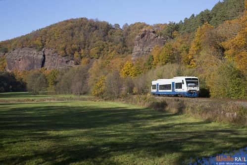 VT 740 . Rurtalbahn . RB 21 (89666) . Heimbach , Hausen . 10.11.19.