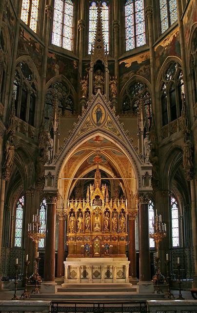 Der Hochaltar in der Votivkirche
