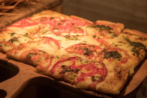 Pesto and Heirloom Pizza