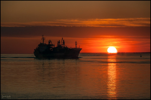couchersdesoleil sunset navire ship groupenuagesetciel