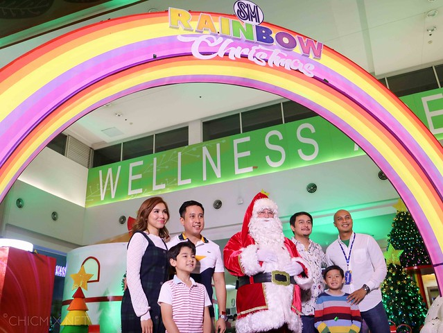sm las pinas rainbow christmas (6 of 13)