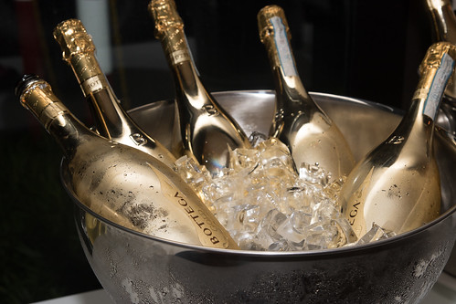 Bottega Gold Prosseco for the holiday cheers