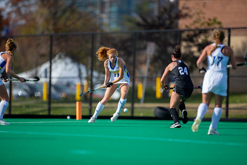 Blue Hens field hockey season ends in heartbreaking playoff defeat against UVA – The Review - University of Delaware Review
