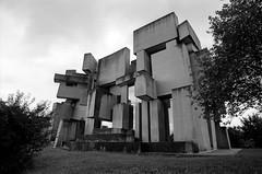 Massive Church  (由  loksisixseven