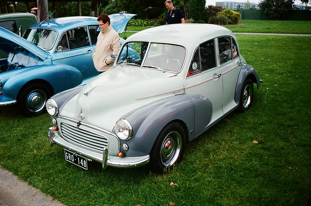 1955 Morris Minor car (photo 2)