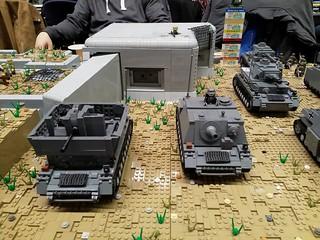 Möbelwagen & Brummbär (Sturmpanzer IV)