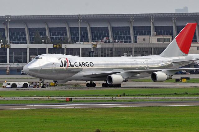 JAL JA401J_20090522_01
