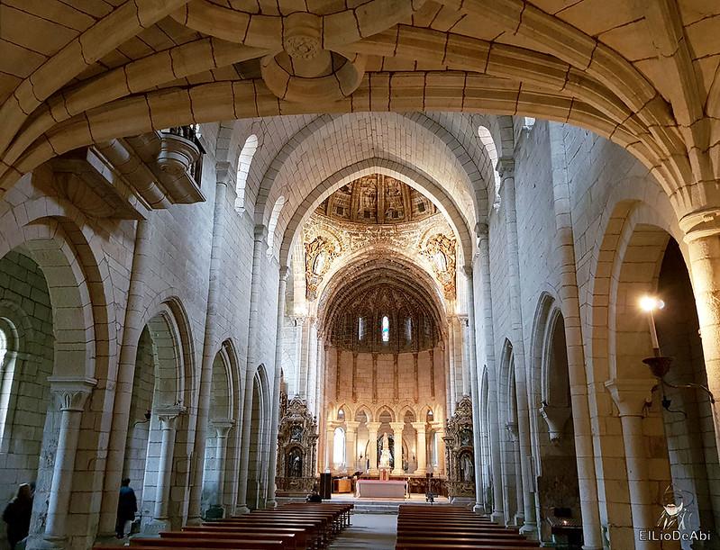 Un día en el Camino de Santiago Vía de la Plata Monasterio de Oseira (15)
